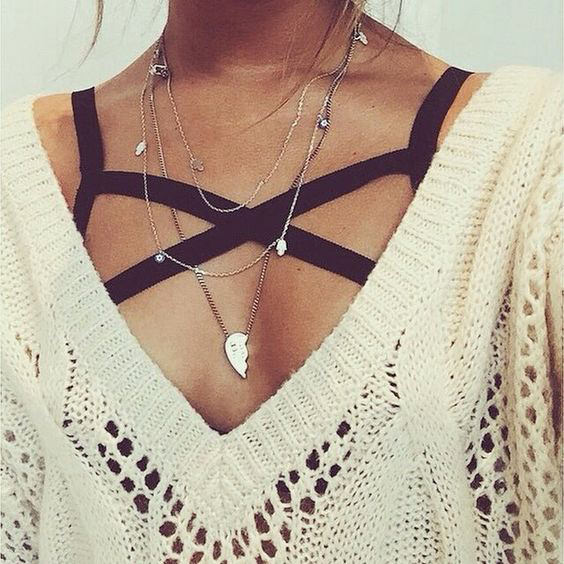 Wearing bralettes is bold and sexy. Now you may think but they are warm weather outfits but with these style tips, you can also wear bralettes in the WINTER. Check out!