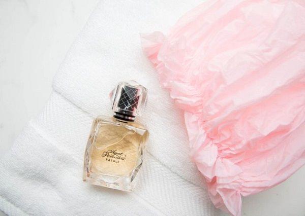 gallery_nrm_1419977882-showerperfume