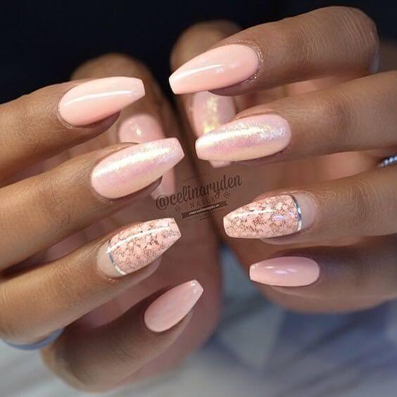 01-gel-nail-designs-thecuddl